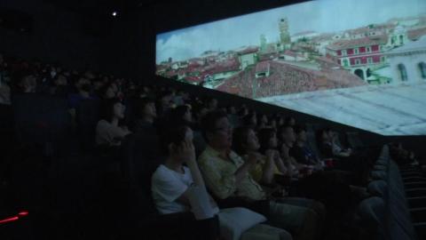 """""""영화, 색다르게 즐긴다"""" 특별관 찾는 관객들"""