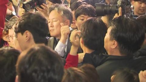 '패스트트랙 고발' 의원 또 소환…여당 출석·야당 불응