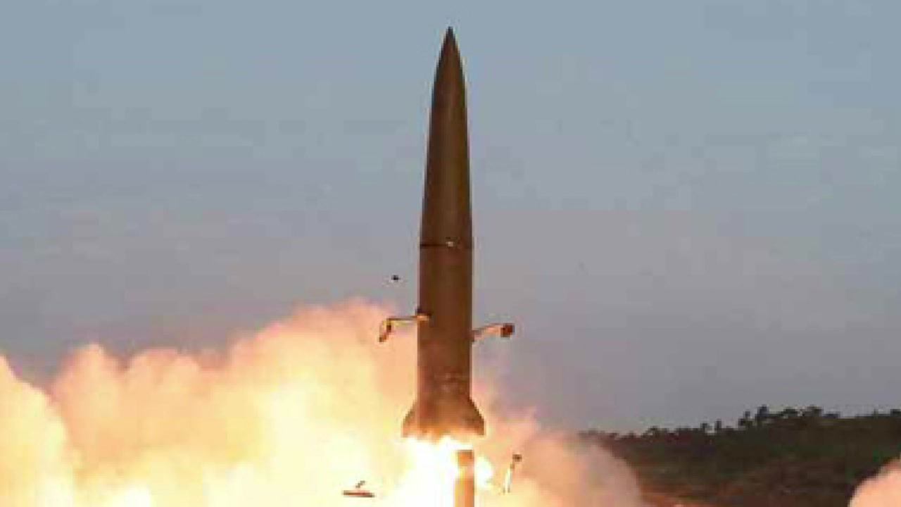 판문점 회동 한 달만에 北 미사일 발사...왜?