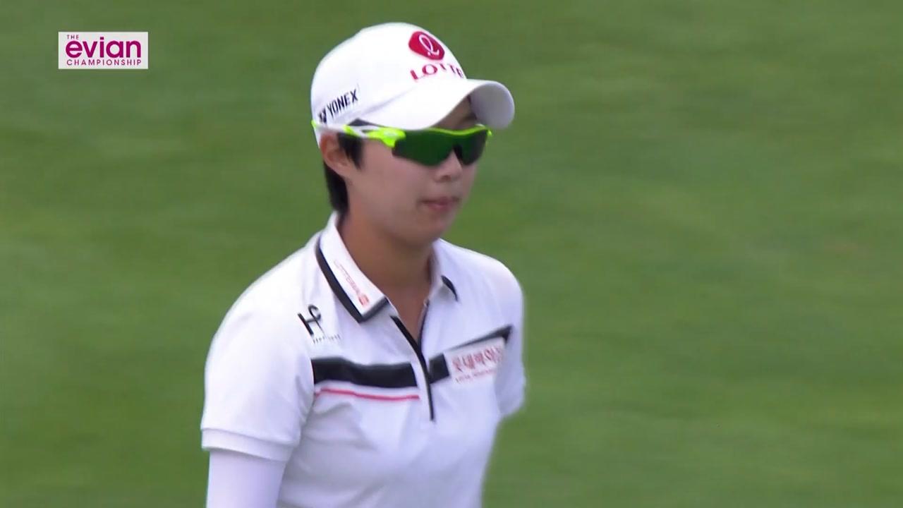 김효주, LPGA 에비앙 챔피언십 3R 선두...박성현 1타 차 2위