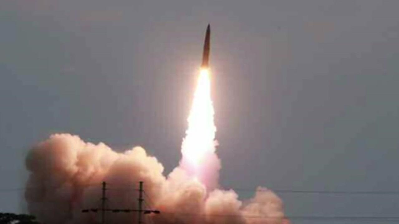日 추가 보복 D-2...北, 미사일 또 발사