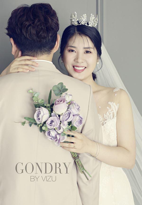 """""""아름다운 8월의 신부""""...'결혼' 강유미, 웨딩화보 공개"""