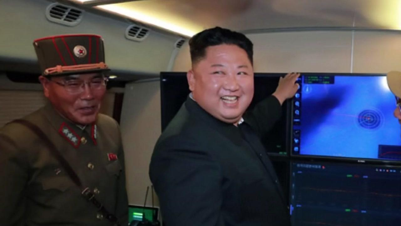 """北 """"어제 발사체도 신형 방사포""""...軍 """"탄도미사일로 판단"""""""
