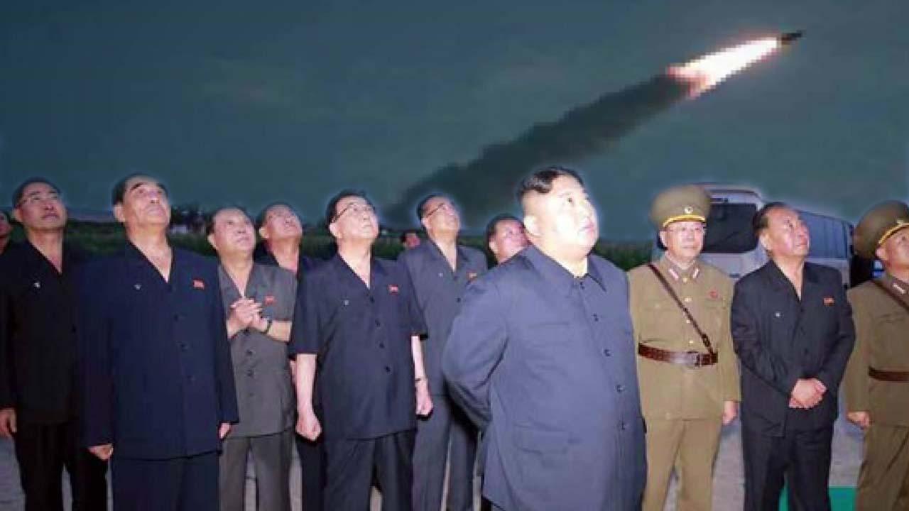 """北 """"신형유도탄 발사""""...북한판 이스칸데르와 유사"""