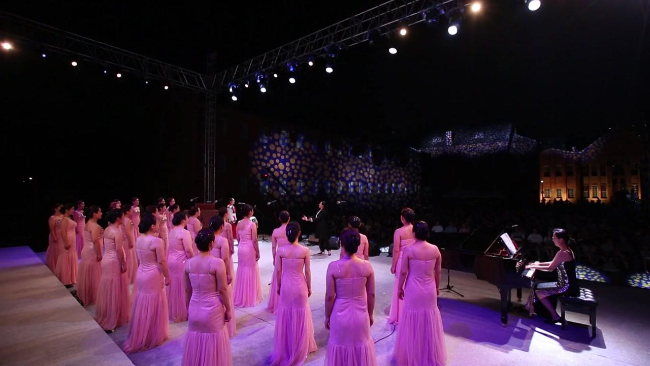 무대에서 되새기는 광복절...대규모 합창에서 역사콘서트까지