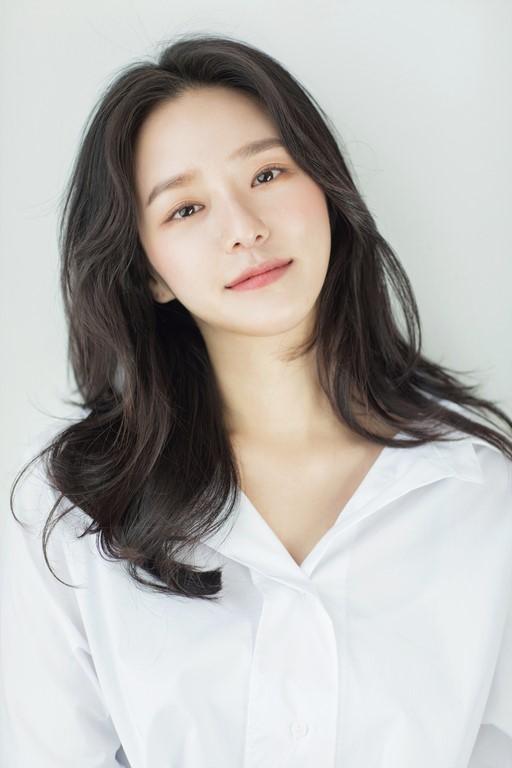 박규영, JYP서 사람엔터로 이적...조진웅·이하늬와 한솥밥