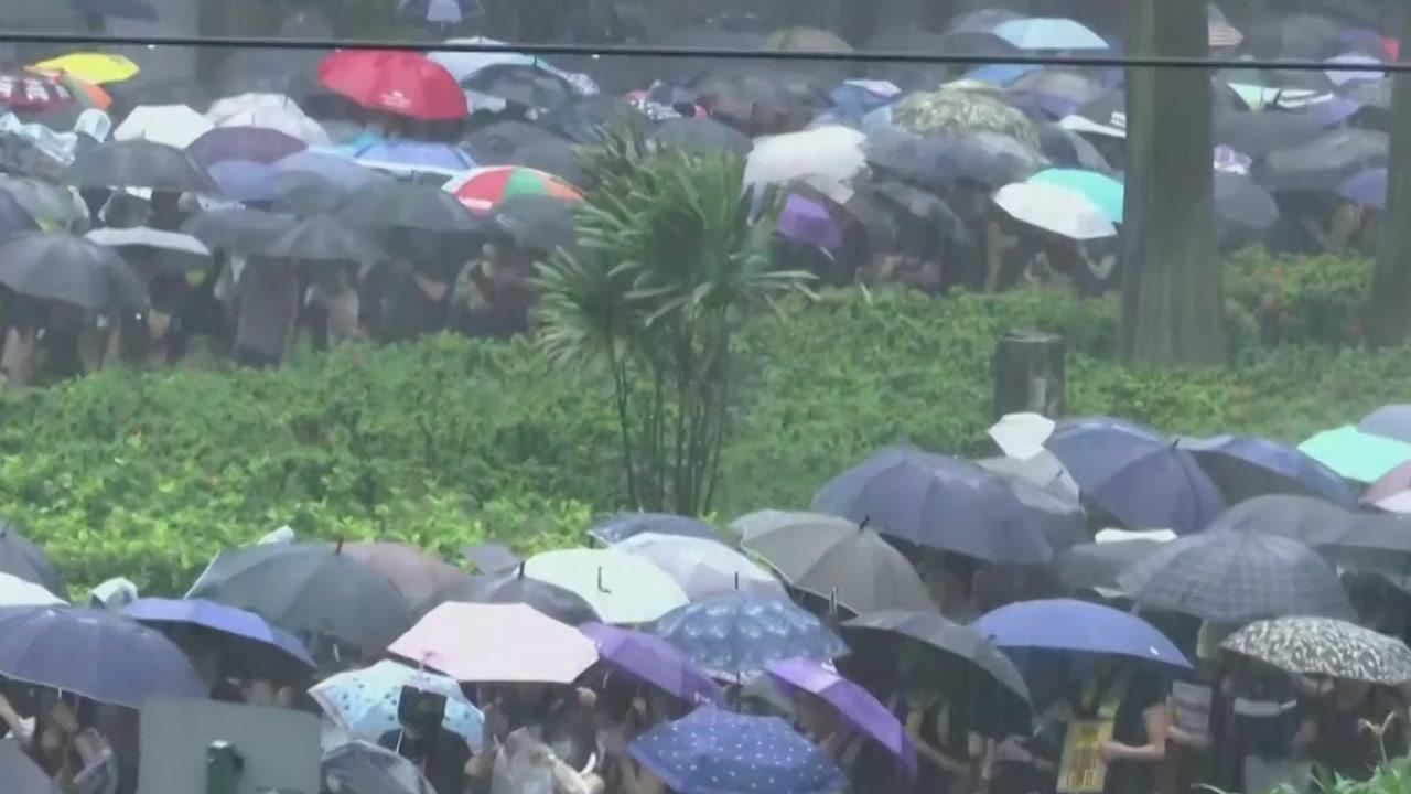 홍콩 시위 '분수령'...중국군 투입 가능성도