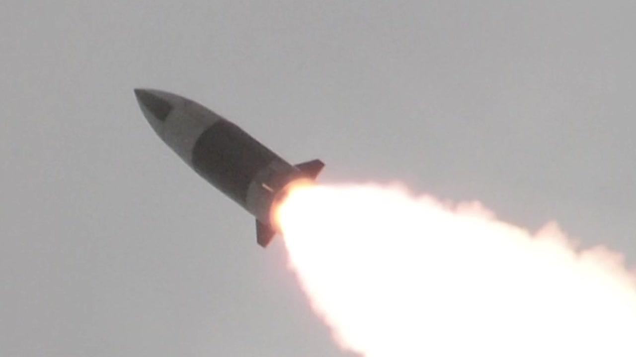 """北, 미사일 쏘면서 """"중국과 군사협력""""...의도는?"""