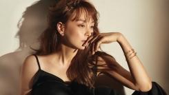 이나영, 19FW 듀얼 디디 컬렉션 광고 공개…시크미 발산