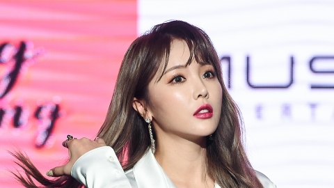 """""""고통 호소해도 스케줄 강행"""" 홍진영, 소속사에 전속계약해지 소송"""
