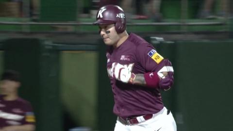 박병호, 괴력의 홈런 4방...홈런 단독 선두