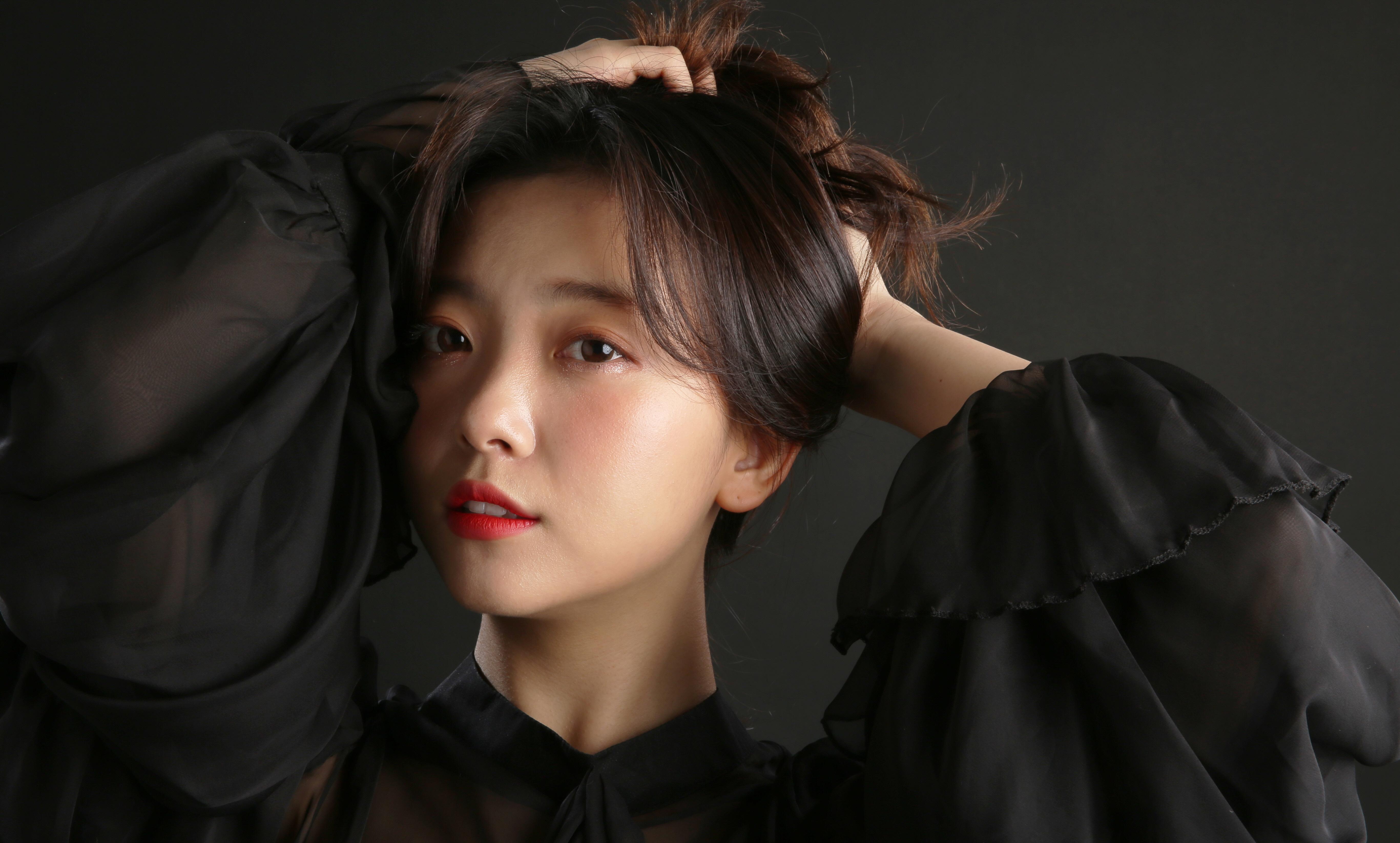낚시하는 트로트 요정 '요요미', 몽환적 비트 댄스곡 '홍콩익스프레스' 발매