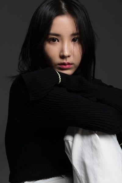 '강석우 딸' 강다은, 써브라임 에이전시와 전속계약...배우 길 걷는다