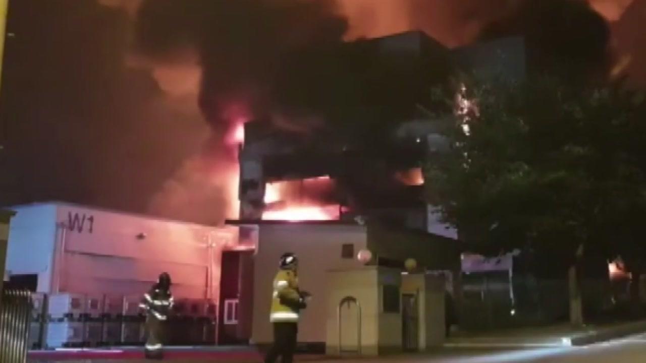 """충주 중원산업단지 큰불, 폭발 이어져...""""5명 부상"""""""