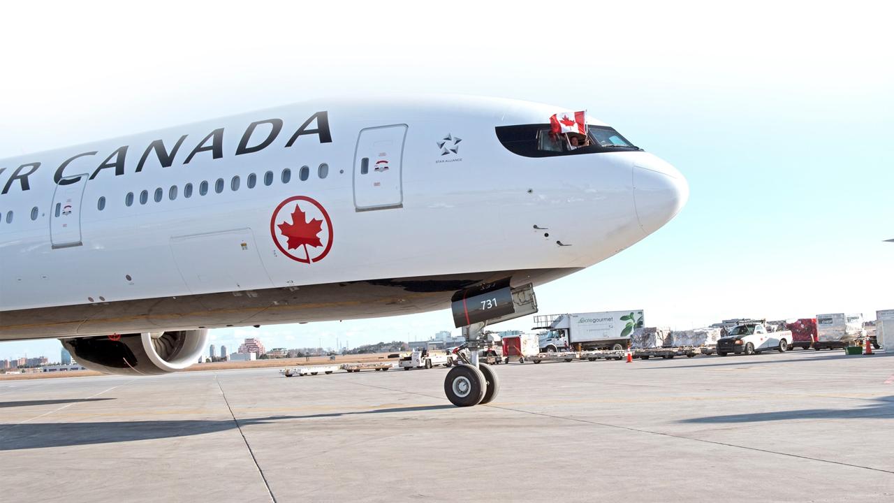 """""""영어보다 불어 사용 적어"""" 캐나다 항공사, 벌금 2000만 원 물어"""
