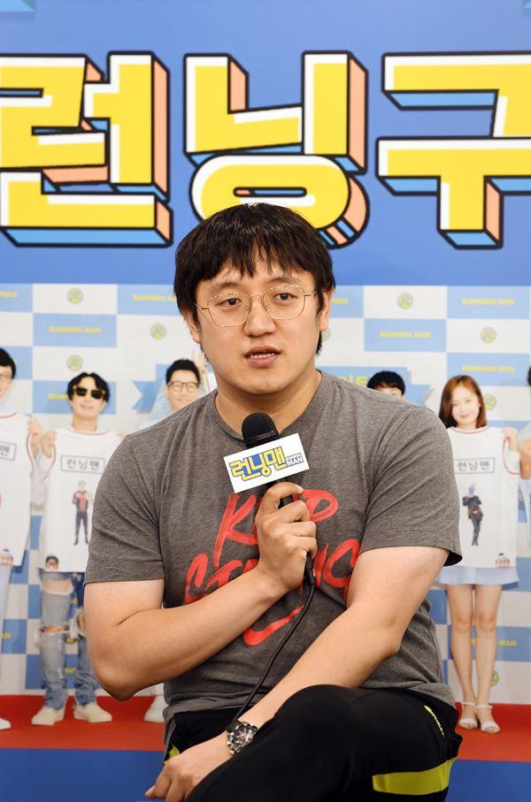 """'런닝맨' 정철민 PD """"SBS 예능 중 첫 9주년...멤버들 고마워"""""""