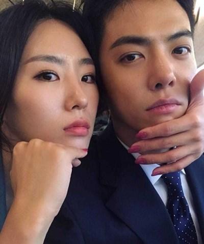 '10월 결혼' 강남♥이상화 셀카 공개...사랑하니까 닮네