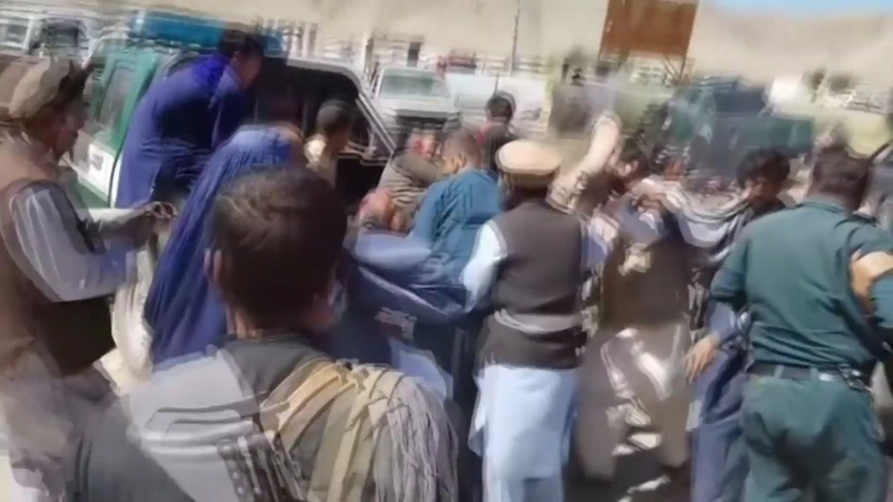 아프간 잇단 폭탄테러...40여 명 사망