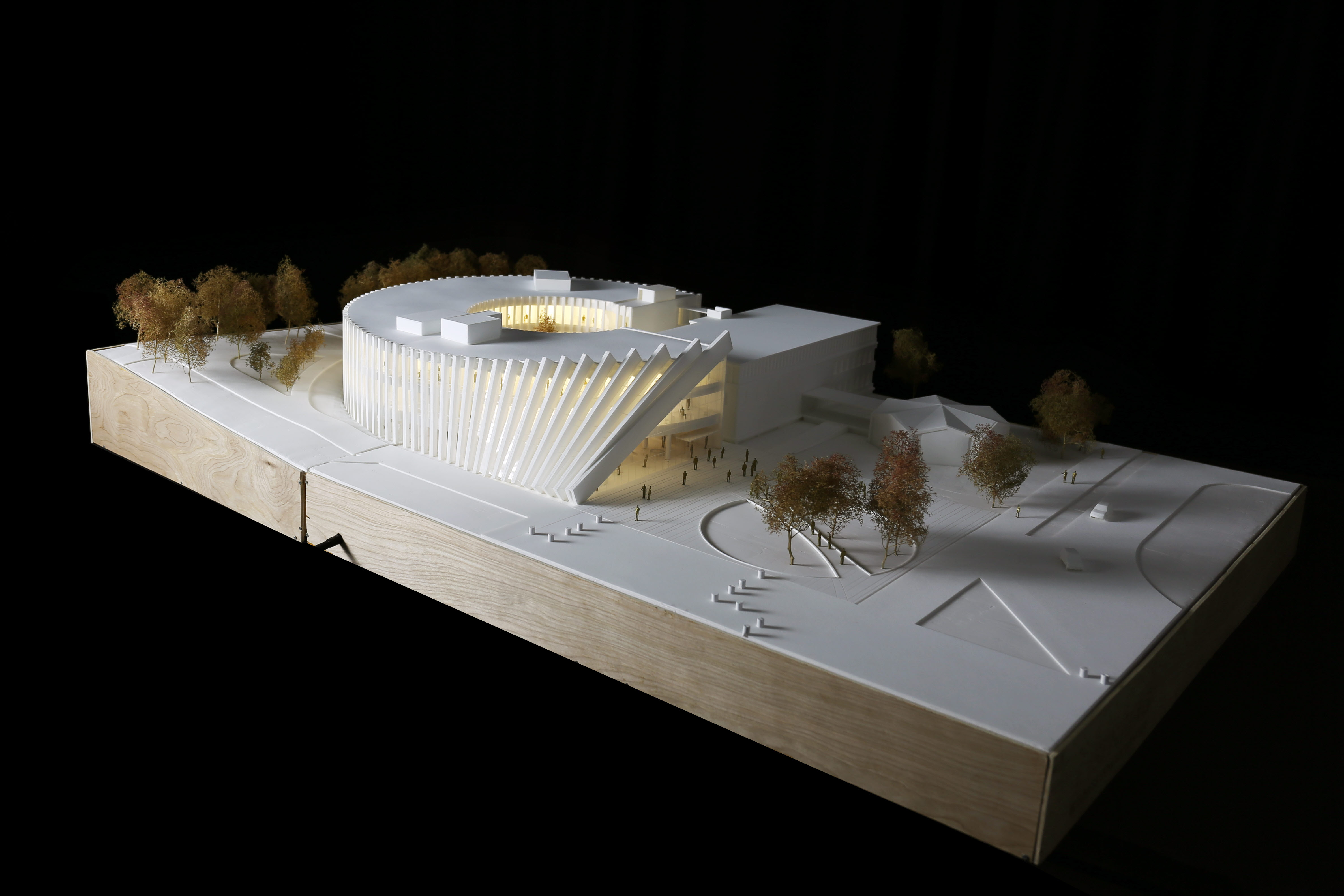 〔안정원의 건축 칼럼〕 도너츠형 매스에 도미노 효과로 얻어낸 역동적이면서 순환적인 건축 3