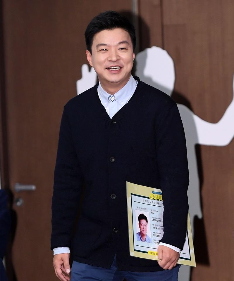 """'미투 논란' 김생민, 팟캐스트서 """"돌아온 생민...잘 지내시죠?"""""""