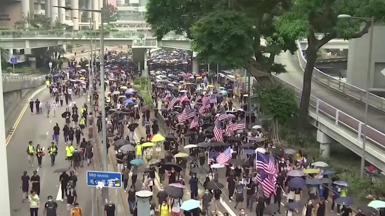 """'우산혁명 5주년' 이틀째 격렬 시위...""""홍콩 시위를 지지한다"""""""