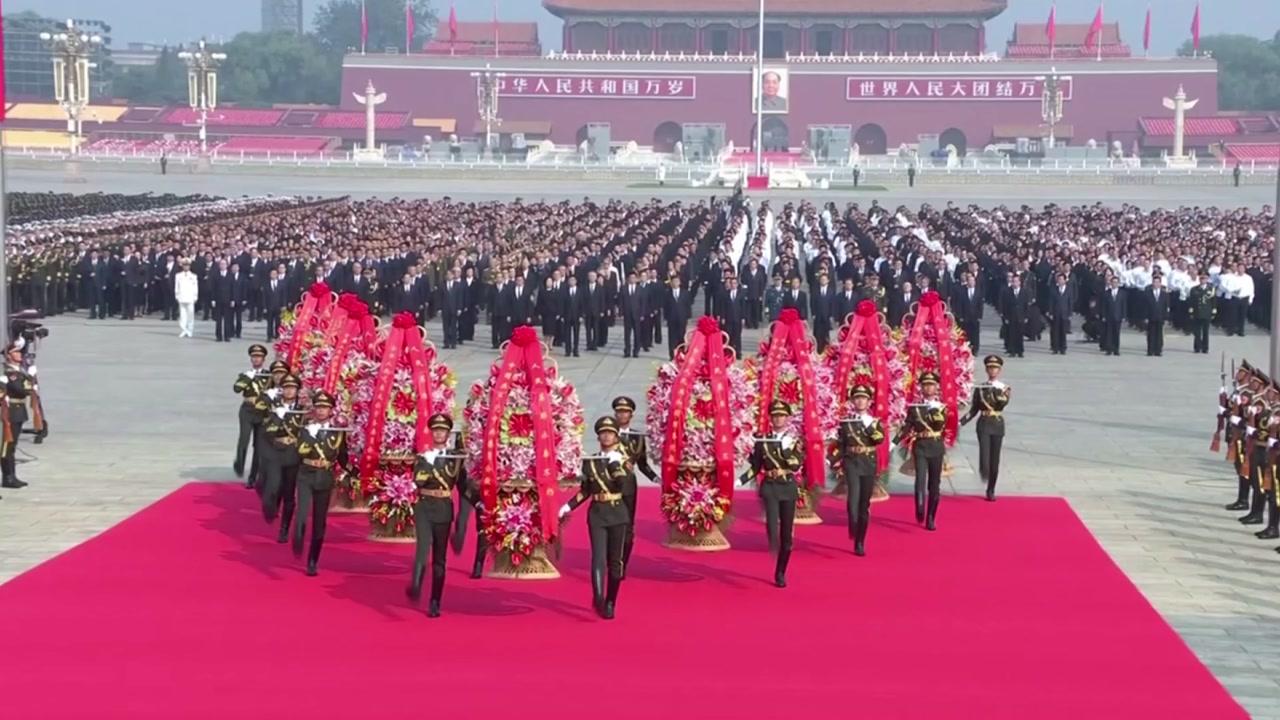 中, 내일 건국 70주년 대대적 행사...홍콩 '애도 시위'