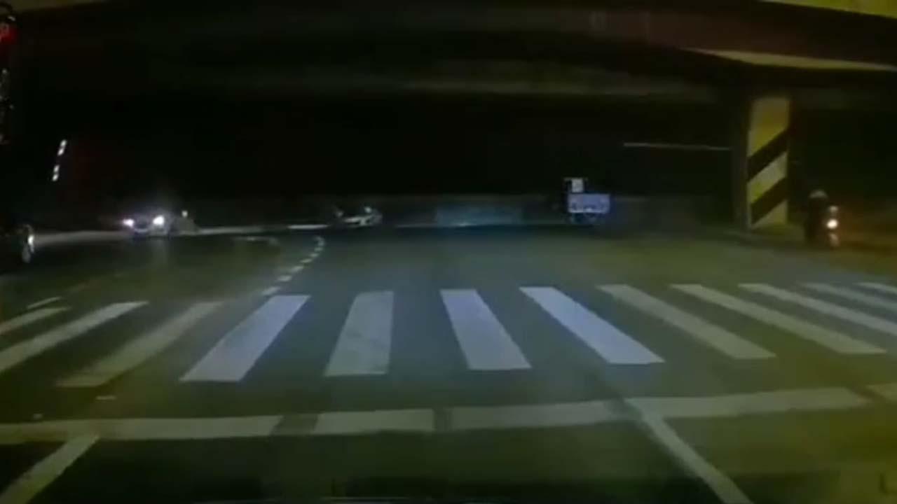 [제보영상] 中 장쑤성 우시 '고가도로 붕괴' 순간
