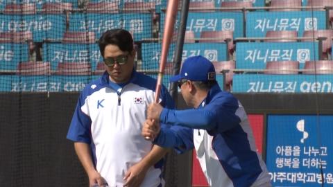 '프리미어 12' 야구 대표팀, 선수 9명으로 훈련 시작