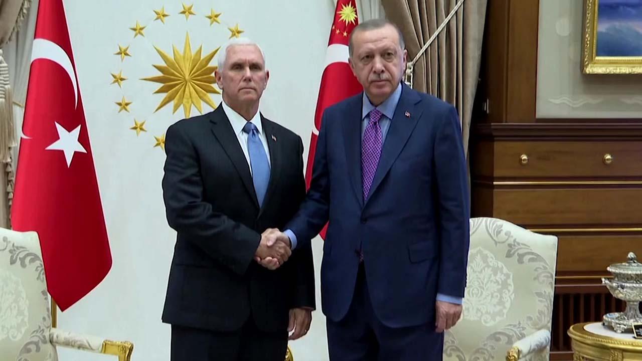 """美 펜스 """"터키 5일간 군사작전 중단 합의""""...트럼프 """"수백만 목숨 살려"""""""