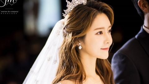 티아라 출신 한아름, 축가 부르는 신부...웨딩 본식 사진 공개