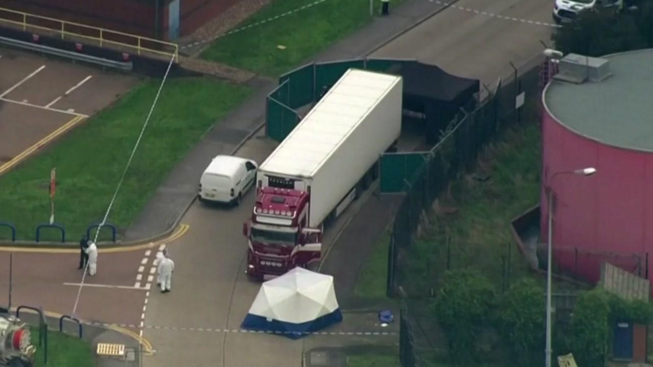 영국에서 시체 39구 담긴 컨테이너 발견