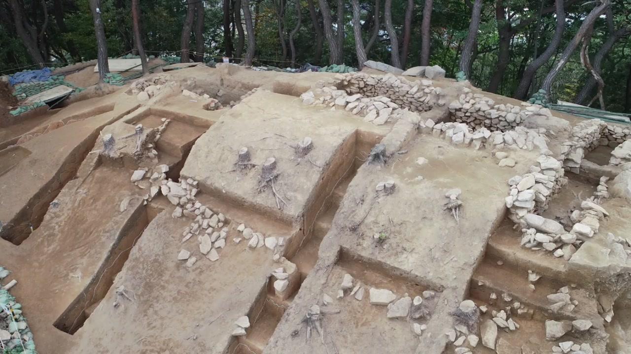 남원에서 길이 31m 호남 최대 가야 무덤 발견