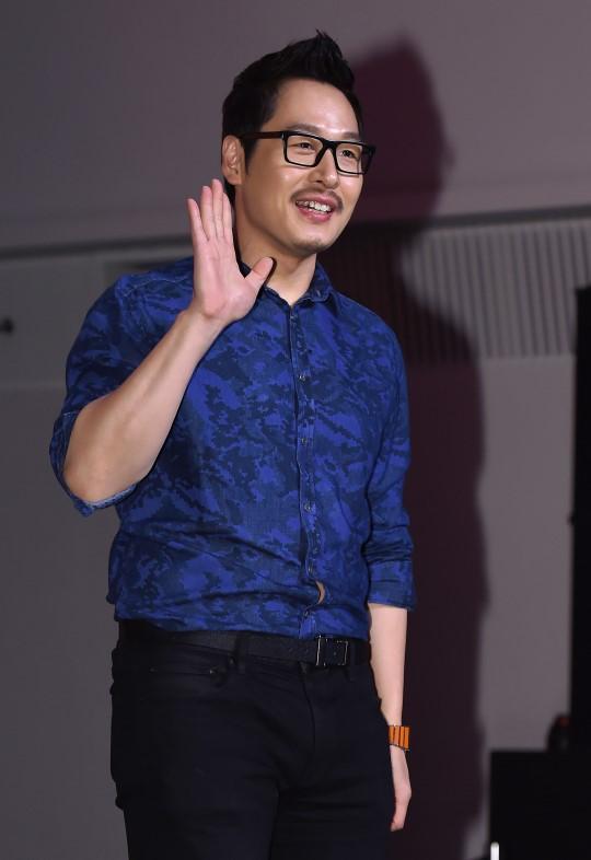 """김풍, 신혼여행 중 접촉 사고...""""도움 준 직원 감사"""""""