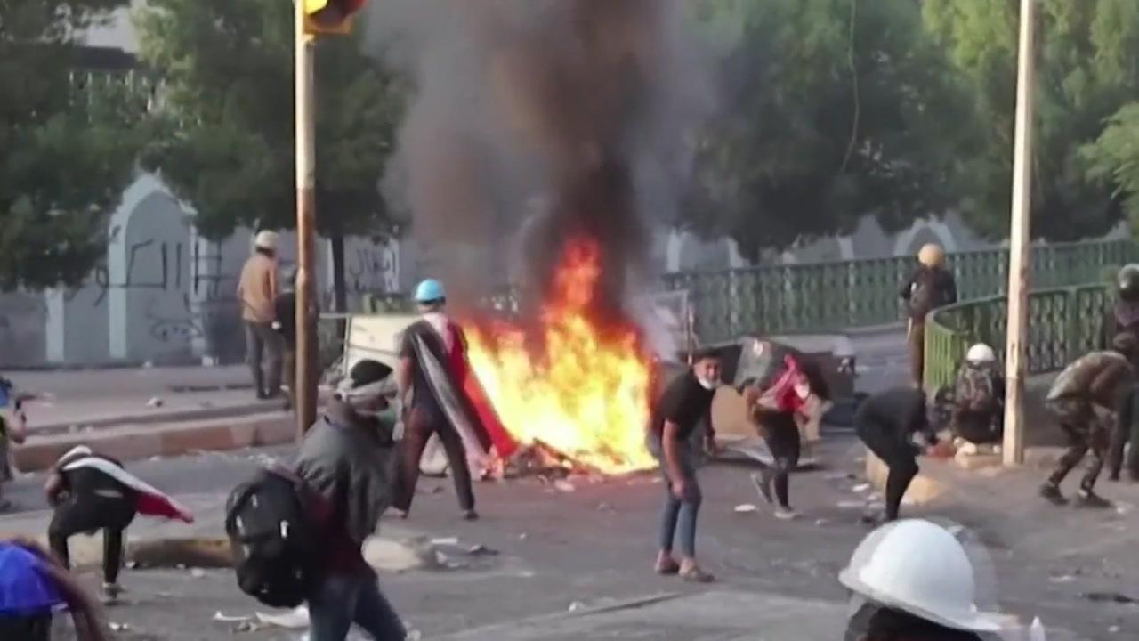 """한 달 넘은 이라크 반정부 시위...""""사망자 300명 넘어서"""""""