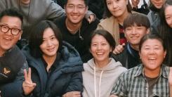 """'내가 죽던 날' 크랭크업...김혜수 """"운명 같았던 영화"""""""