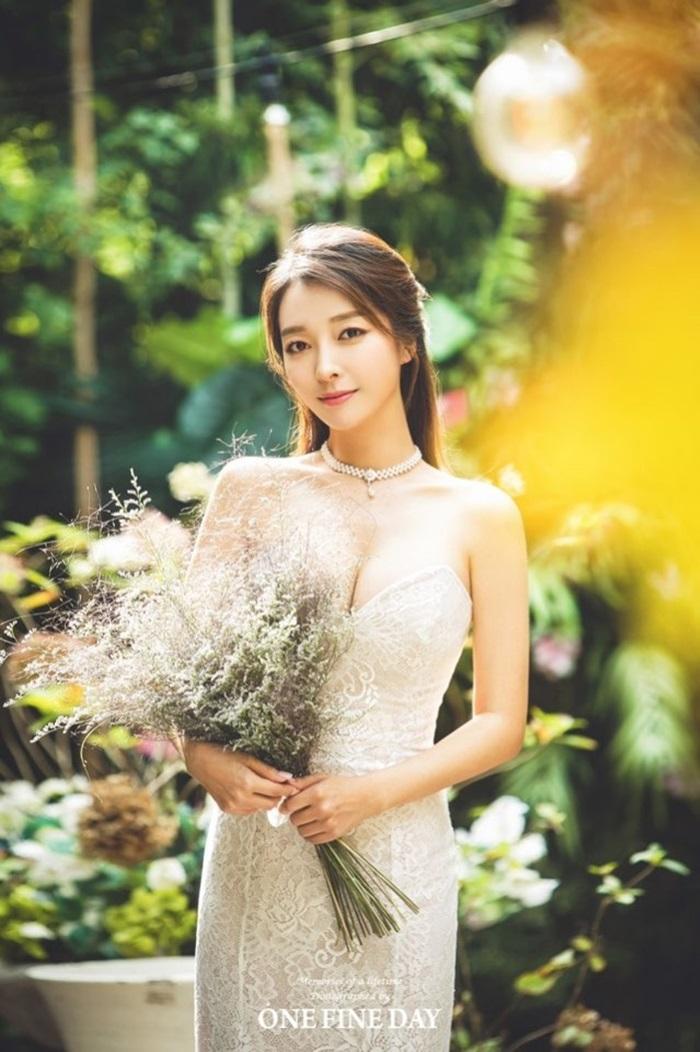 이상미, 23일 연하 회사원과 결혼…단아한 웨딩화보 공개