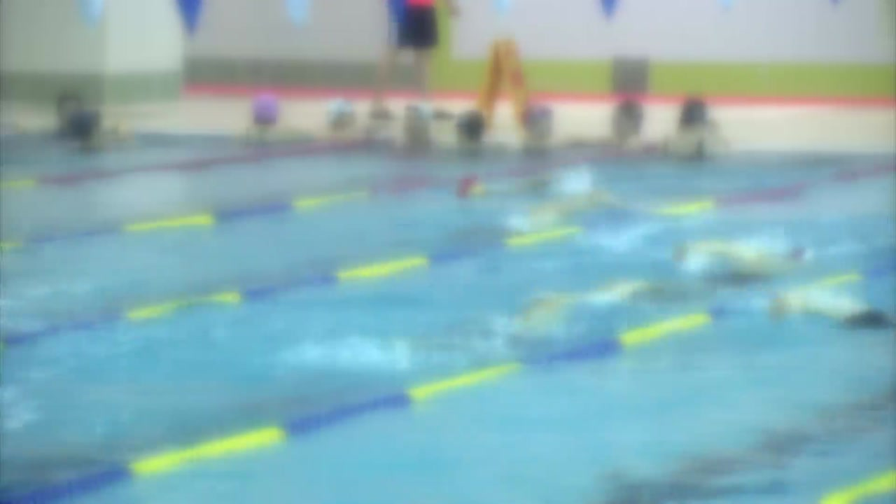실내수영장 염소 기준치 넘어도...수질 관리는 '자율'