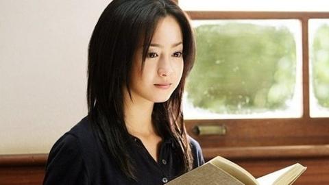 日 유명 배우 사와지리 에리카, 마약 소지 혐의로 체포