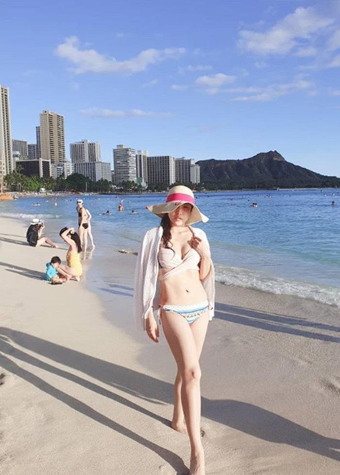 숙행, 하와이에서 근황 공개…비키니 입고 탄탄 몸매 자랑