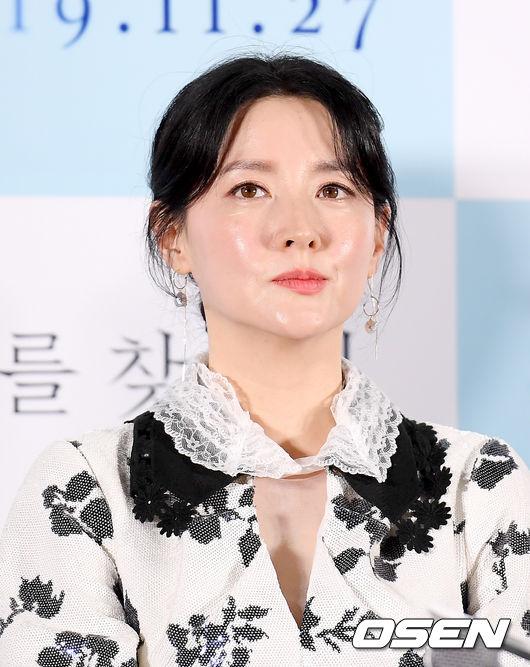 """'나를 찾아줘' 이영애 """"현실은 더 잔인...용기 냈다"""""""