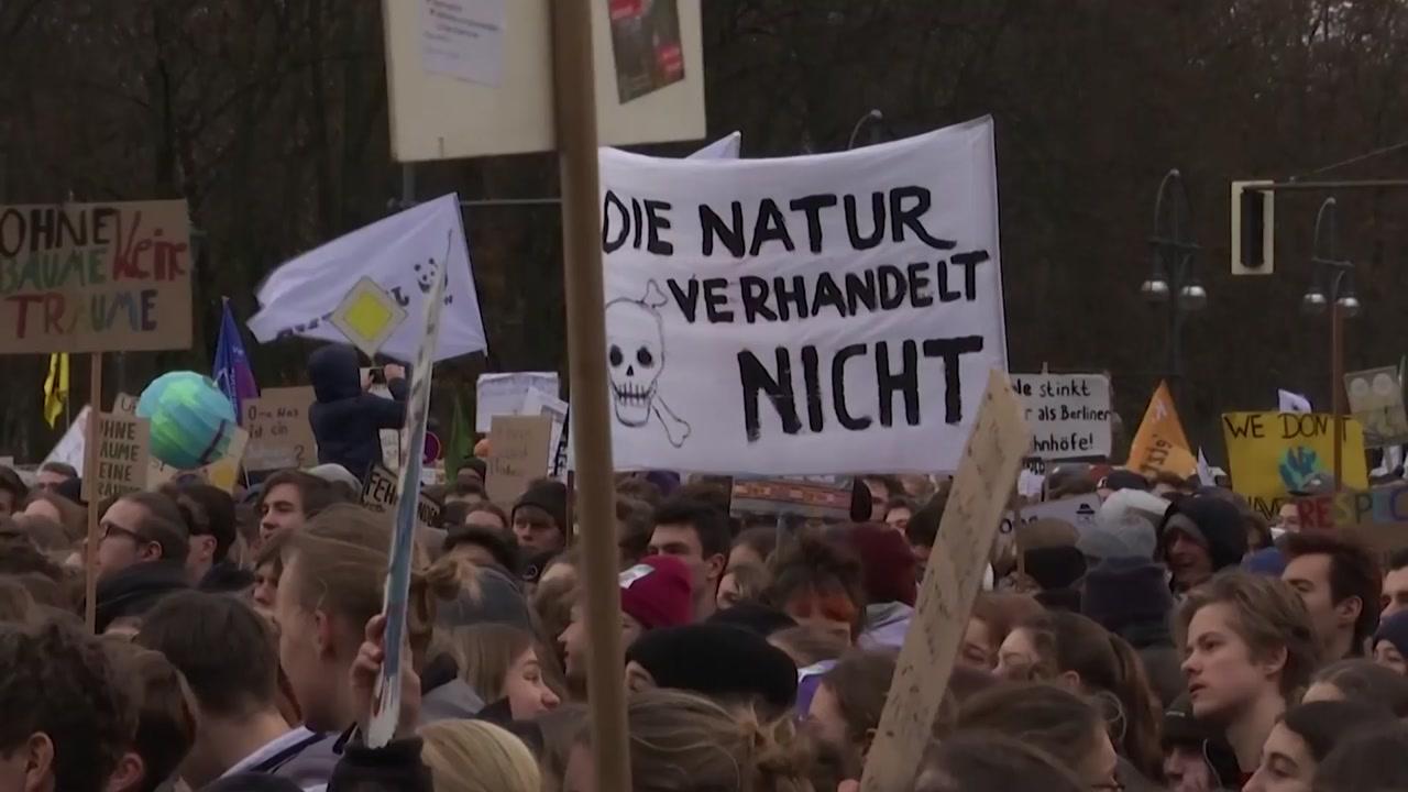 유엔 기후변화 총회 앞두고 전세계서 '금요 시위' 열려