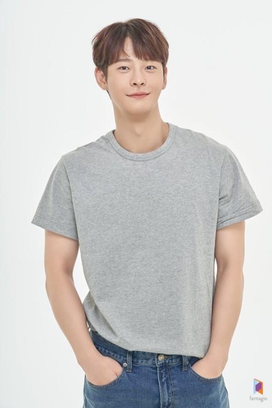 """차인하, 향년 27세로 사망...소속사 측 """"루머·추측 자제 부탁""""(종합)"""