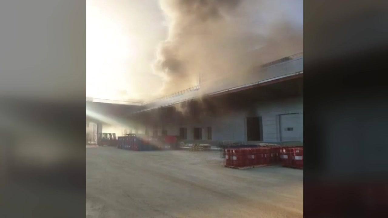 물류터미널 공사장 화재...한때 대응2단계 발령