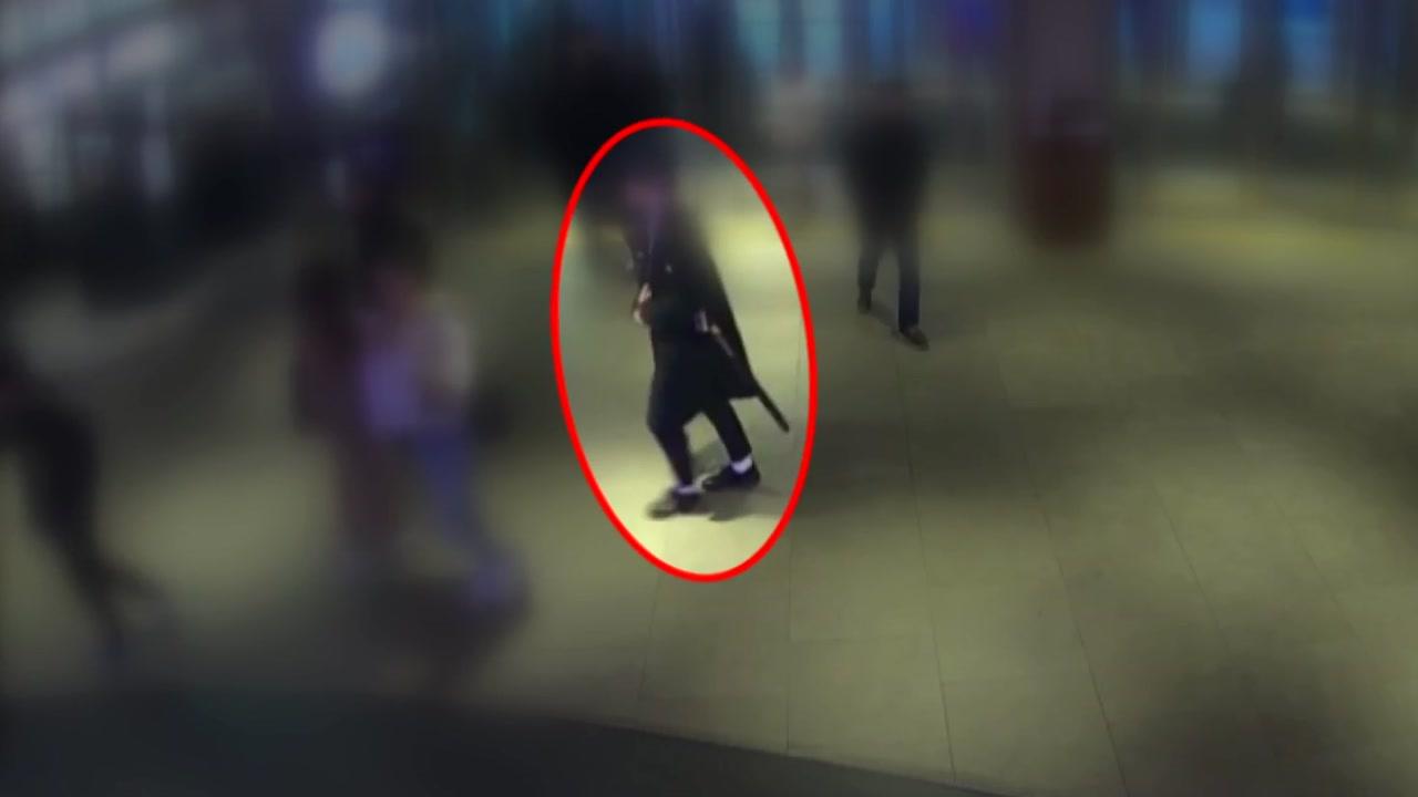 여성 뒤따라가 몰래 촬영한 20대 남성...현직 경찰에 덜미