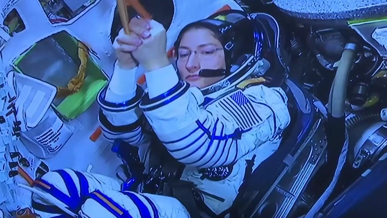 美 코흐, '여성 우주 단일비행 최장 기록'...289일 체류