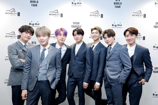 BTS, 불참에도 3관왕…벤 눈물·윤민수 사재기 언급도