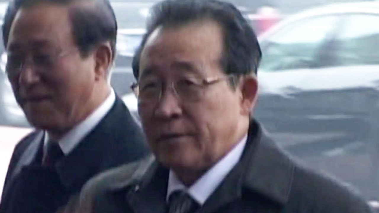 """北 """"북미 정상, 친분으로 대화 안 해...南, 중재자 미련 버려라"""""""