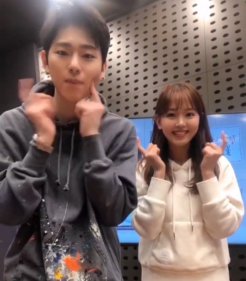 강한나X지코, '아무노래' 댄스 챌린지 참여...'열기 UP'
