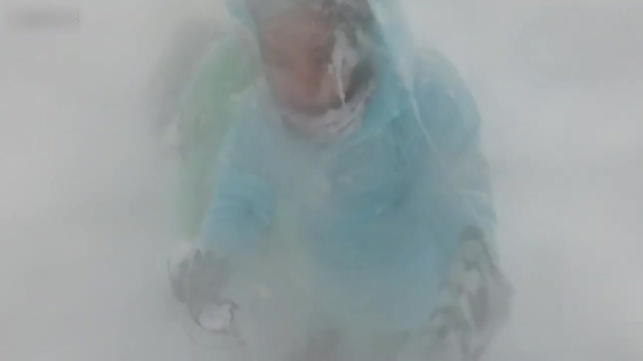 몰아친 눈폭풍...네팔 눈사태 당시 영상 공개