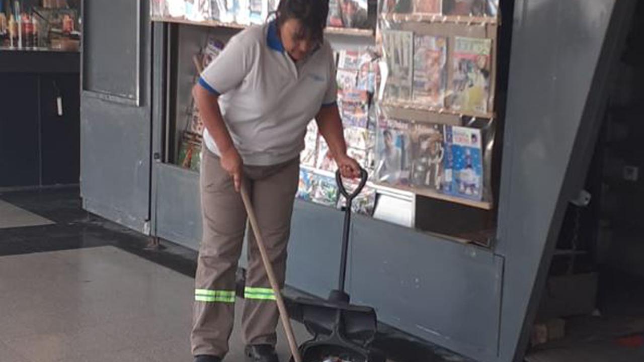 아르헨티나 국회의원, 임기 후 환경미화원으로 일해 화제